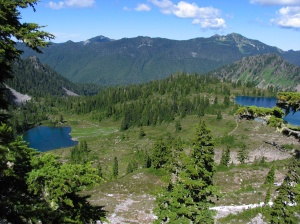 First view of Round Lake (L) and Lunch Lake (R)