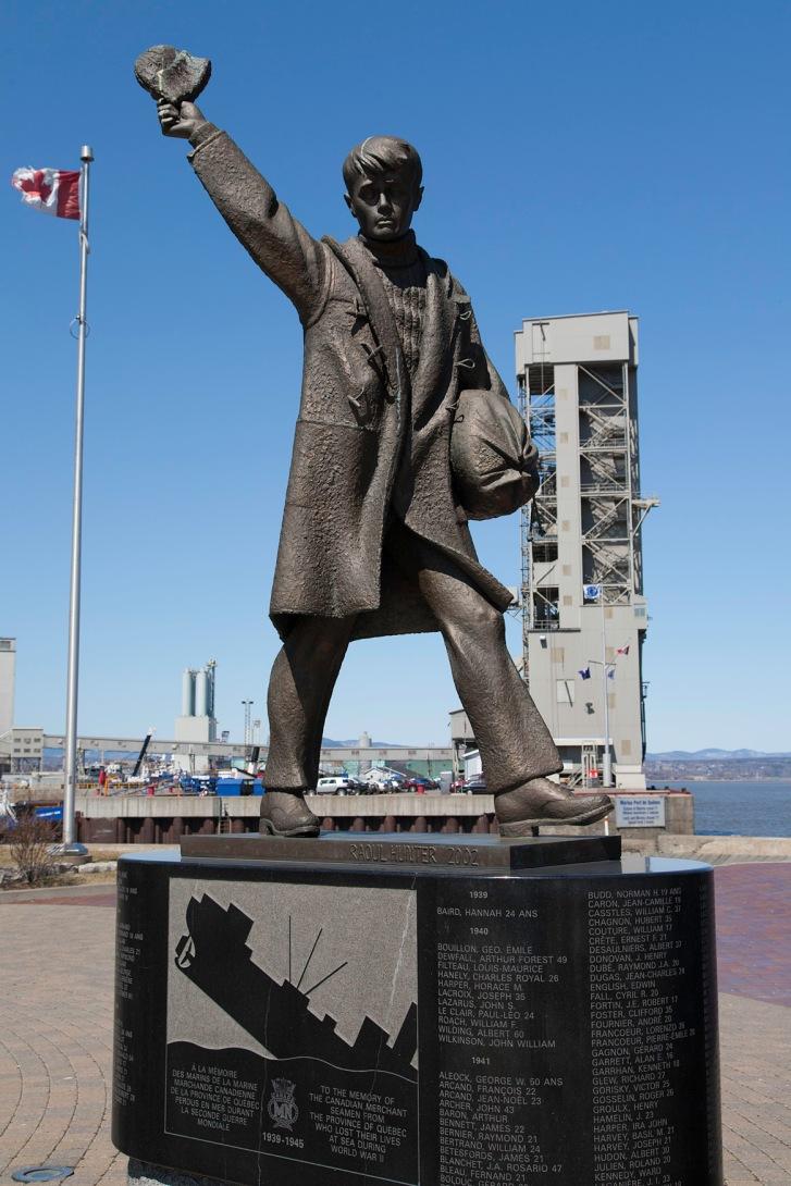 Memorial to Merchant Seamen (Old Port)