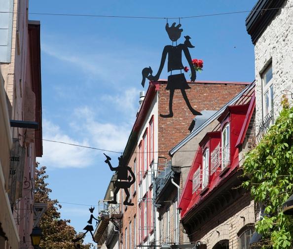 Decorations above rue du Petit-Champlain