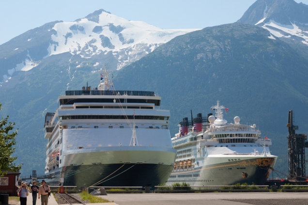 Cruise ship docks